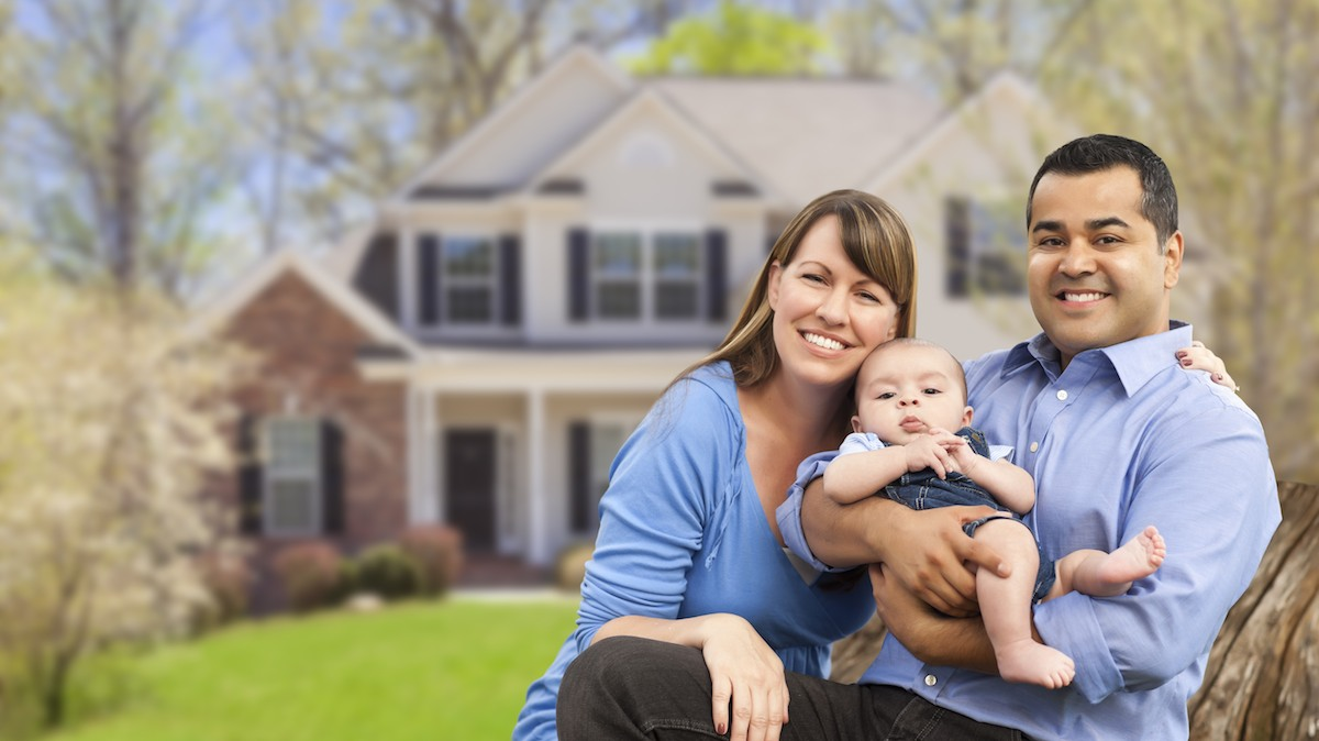family systems differ from home to home Approximately 670,000 families with children under age 18 have a family member age 65 or older living with them roughly 25 million children under age 18 live with one or both parents in their grandparents' home the information contained on this web site should not be used as a substitute for.