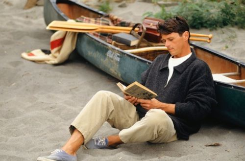 Few Benefits of Reading Inspirational Books Every Day