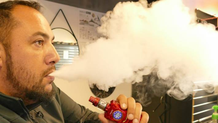 An ultimate guide to choose the right vape juice bottle!